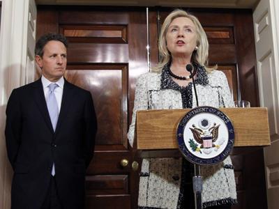 Clinton Touts Rights Advances, Assails Assad