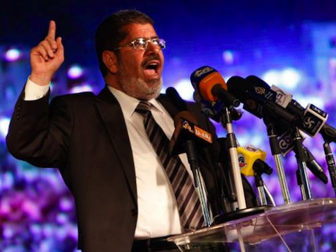 Egypt Islamist Candidate Seeks To Reassure Copts, Women
