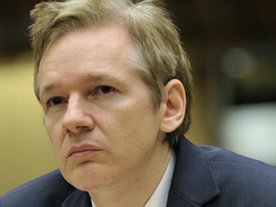 Top UK Court Backs Extradition Of Assange