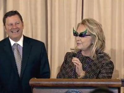 Clinton's Crazy Cat- Eye Glasses Look