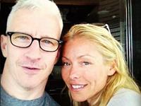 Kelly Ripa Consoles Anderson Cooper