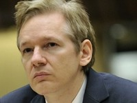 Ecuador Grants Julian Assange Asylum