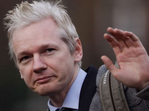 "Assange Calls on ""Witch-hunting' Obama to 'Do the Right Thing'"