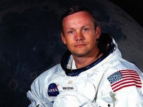 First Man On The Moon Neil Armstrong Dead at Age 82
