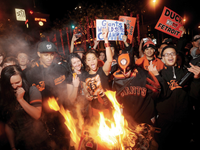 Huge Crowds of Giants Fans Fill SF Streets