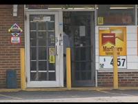 Robber Holds Store Clerk At Gunpoint, Tells Him To Vote For Obama