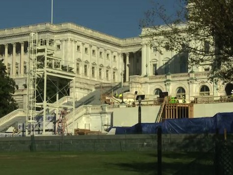 Work Starts on Inauguration Stage for Obama's 2nd term