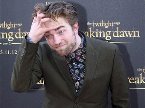 Twilight Star Eyes Role In New 'Star Wars' Film