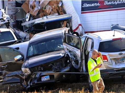 100 Car Pileup Kills 2, Injures Dozens On Thanksgiving