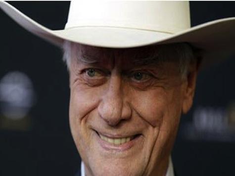 'Dallas' Star Larry Hagman Dies