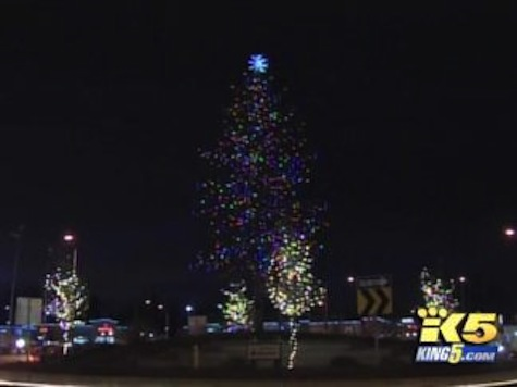 Vandals Try To Chop Down City's Christmas Tree Hours Before Lighting Ceremony