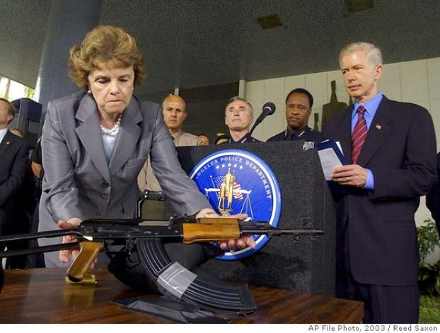 Sen Dianne Feinstein To Introduce Assault Weapons Ban On First Day Of Congress