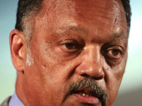 CNN Anchor Challenges Jesse Jackson on Chicago Gun Ban