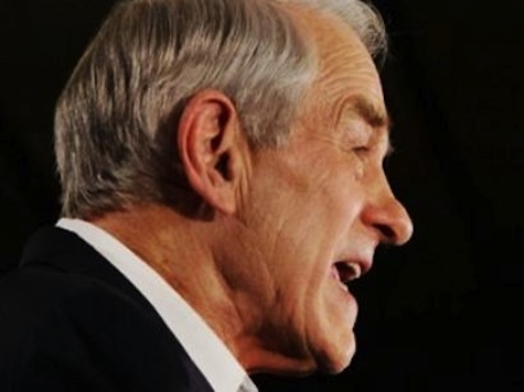 Ron Paul: Dems, GOP 'Pretend They're Fighting'