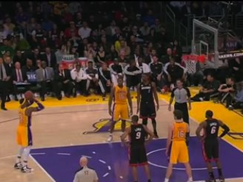 Dwight Howard Airballs Free Throw During Crunch Time Of Lakers-Heat Game