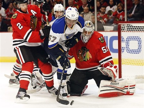 Duncan Keith Stops Shot With Face