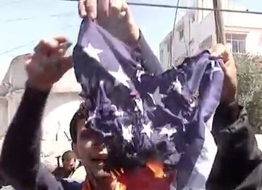 Gaza Protesters Greet Obama By Burning U.S. Flag
