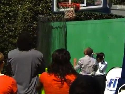 Obama Goes 2-22 On White House Basketball Court
