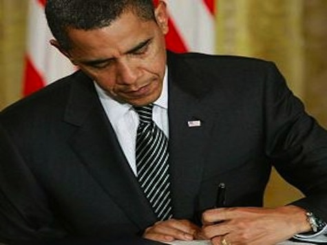 In Midst of Boston Bombing, Obama Quietly Repeals Major Part of Congressional Insider Trading Law