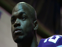Adrian Peterson: Bar Set For 2,500yds
