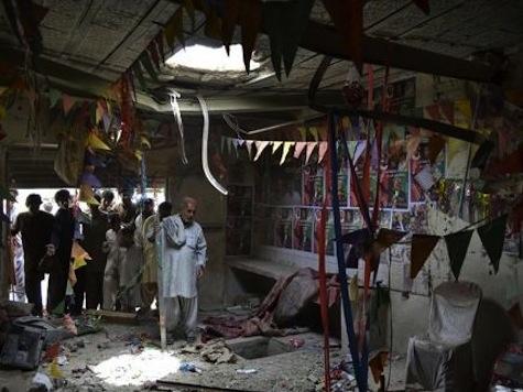 Pakistanis Brave Taliban Violence To Vote In Landmark Election