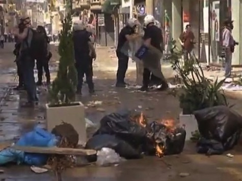 Protests In Turkey Rage For Second Day