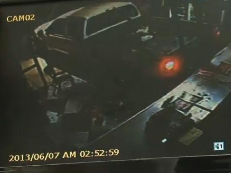 Thieves Crash Truck Through Pizzeria to Reach Safe