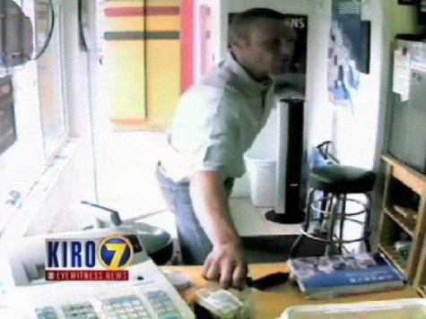 Raw: Man Steals Tip Jar from Restaurant