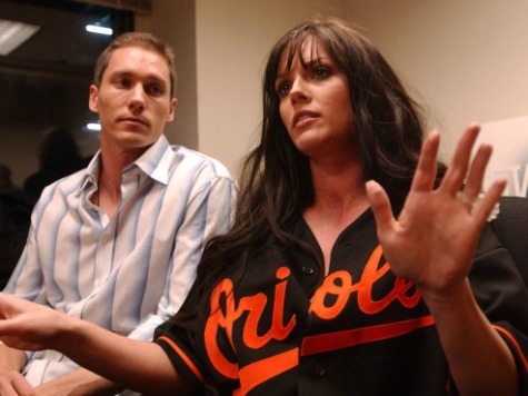 Anna Benson Pleads Guilty to Assaulting Husband