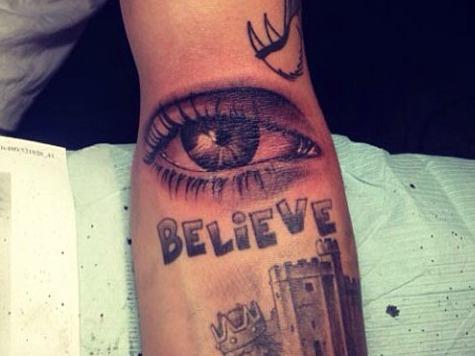 Justin Bieber Gets Eyeball Tattoo