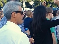 Rahm Emanuel Dances to Robin Thicke's 'Blurred Lines'