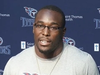Tennessee Titans Linebacker Saves Family from Burning Car