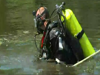 Divers Enter Third Day Of Search For Hernandez Murder Weapon