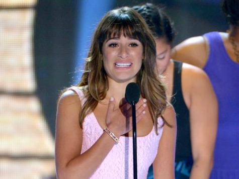 'Glee' Star Gives Tearful Tribute to Cory Monteith