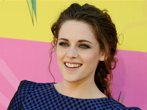 Kristen Stewart Seeks Degree in English Literature