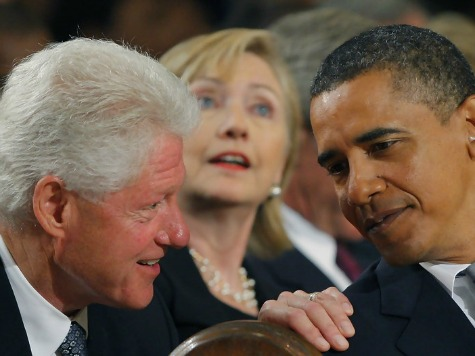 Robert Gibbs Warns Hillary: Distance Yourself from Obama, Bill in 2016