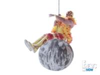 WATCH: Hulk Hogan Spoofs Miley Cyrus