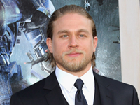 Hunnam Out Of 'Fifty Shades'