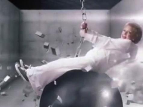 Betty White Parodies Miley's 'Wrecking Ball'