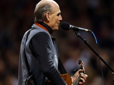 James Taylor Messes up the National Anthem at the World Series