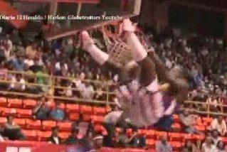 Basketball Hoop Collapses on Harlem Globetrotter