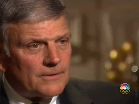 Franklin Graham Asks People to Pray for his Father