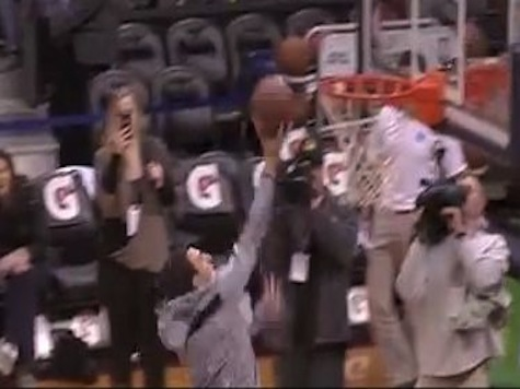 Johnny Football Misses Layup