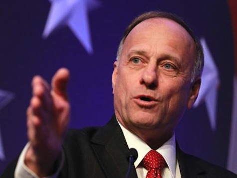 Rep. Steve King: Obama's Minimum Wage Hike Would Be a Constitutional Violation