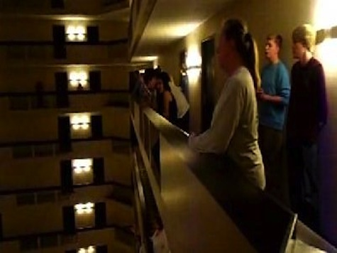 1,000 Schoolchildren Sing National Anthem on 18 Floors Inside Hotel