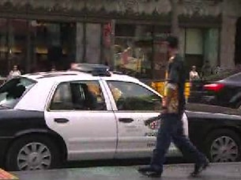 Caught On Camera: Man Smashes Police Car Windows, Steals Laptop on Hollywood Blvd Walk of Fame