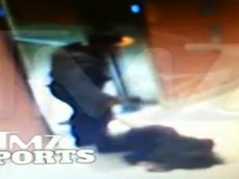Video of Ravens Running Back Ray Rice Dragging Girlfriend Out of Atlantic City Casino Elevator