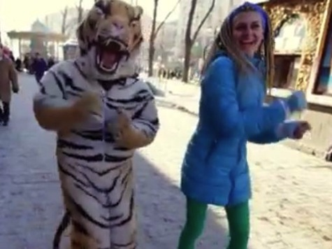 Ukraine Wants To Be Happy: Powerful Protest Viral Video