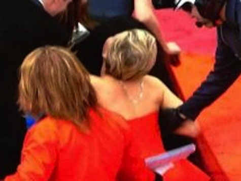 Jennifer Lawrence Falls at the Oscars Again