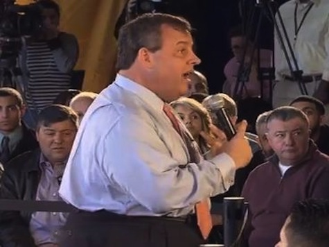 Frustrated Chris Christie Gets Into Heated Healthcare Exchange with Lady Who Won't Sit Down